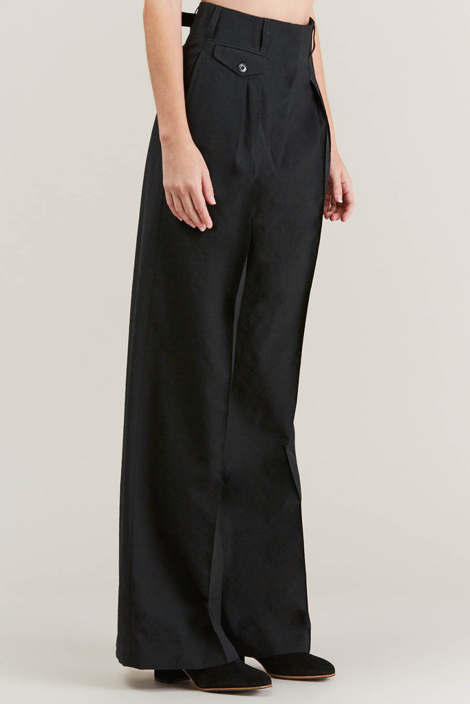 Two Pleated Pants, Black by Lemaire @ Kick Pleat - 3
