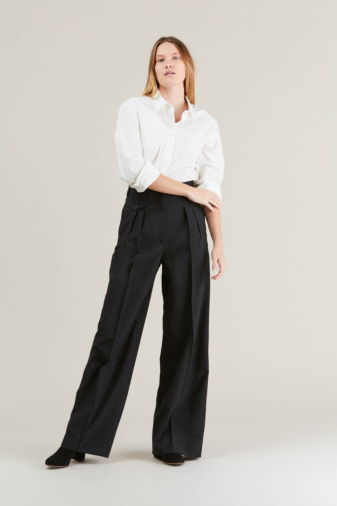 Two Pleated Pants, Black by Lemaire @ Kick Pleat - 1