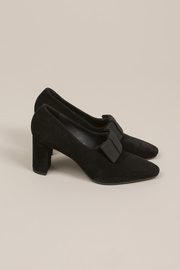 Bow heel, Black by Creatures of Comfort @ Kick Pleat - 2