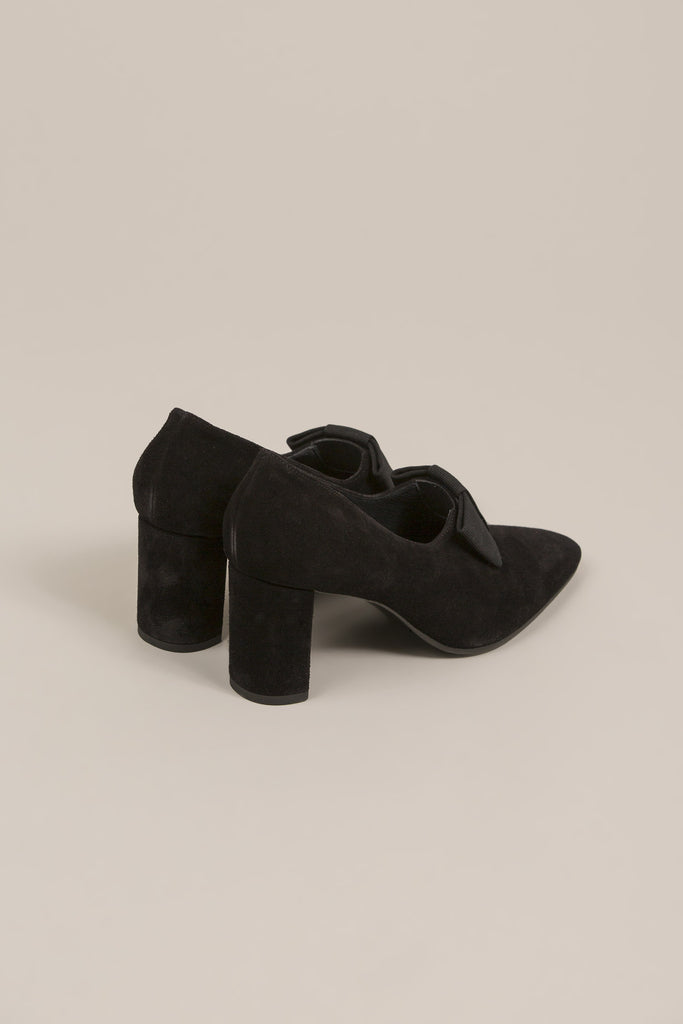 Bow heel, Black by Creatures of Comfort @ Kick Pleat - 4