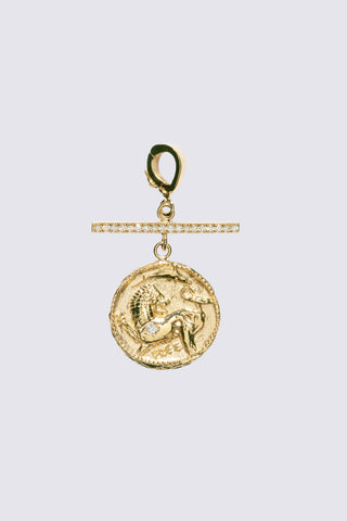Small Animal Kingdom Coin with Pave Diamonds, Gold