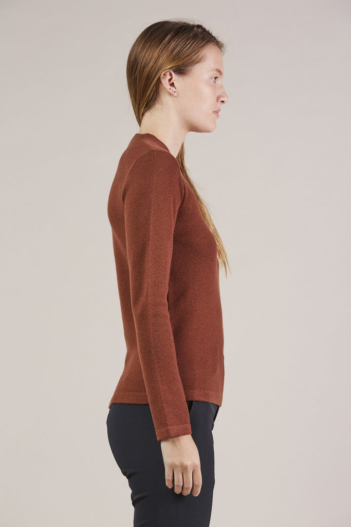 Portrait Mockneck, Maroon by MODERNE @ Kick Pleat - 4