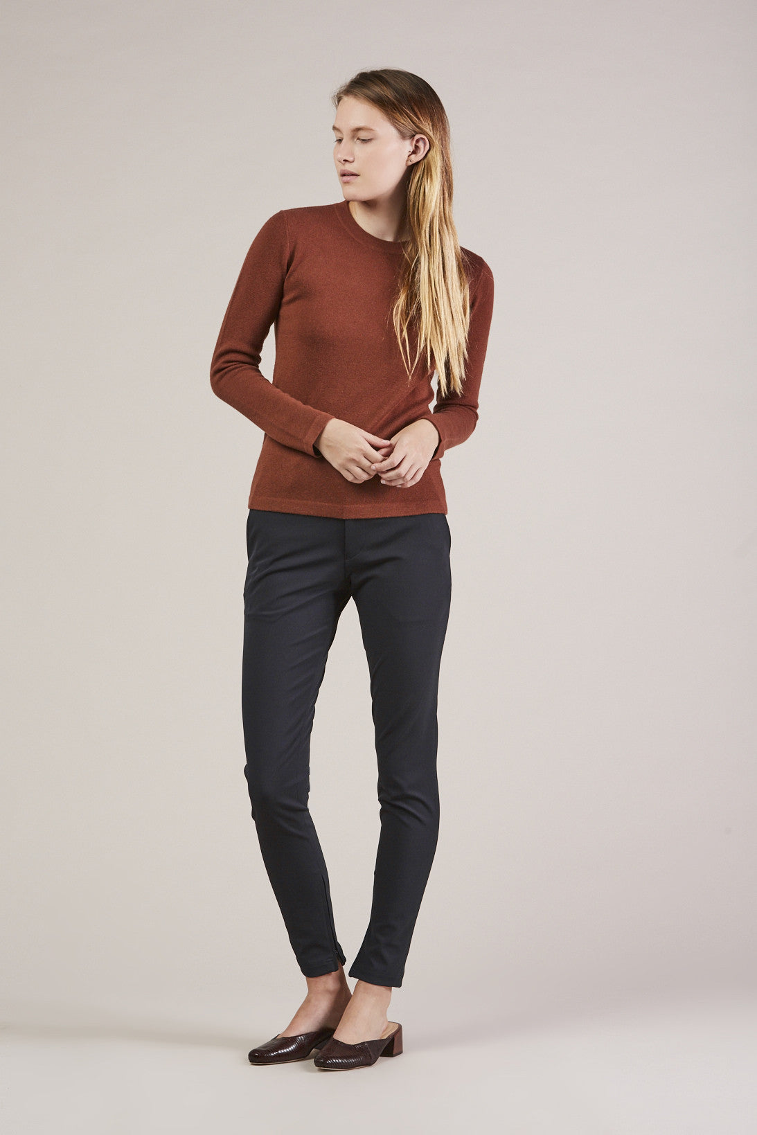 Portrait Mockneck, Maroon by MODERNE @ Kick Pleat - 1