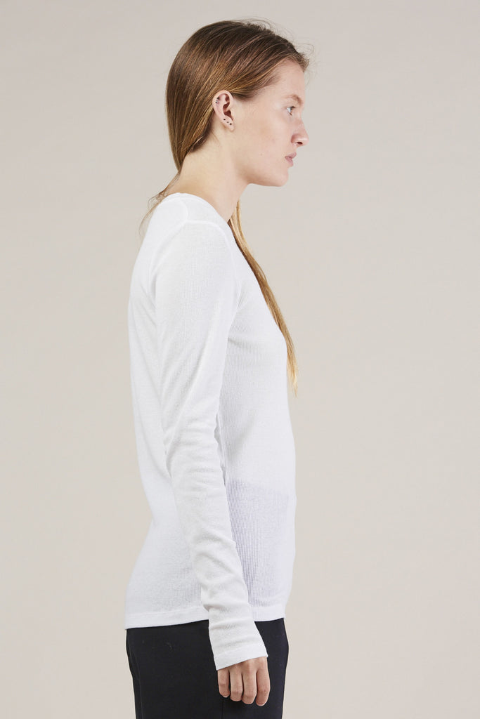 L/S thin rib top, White by NORSE PROJECTS @ Kick Pleat - 3