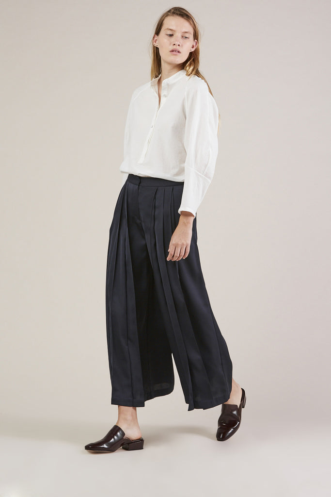 Pleated Pants, Navy