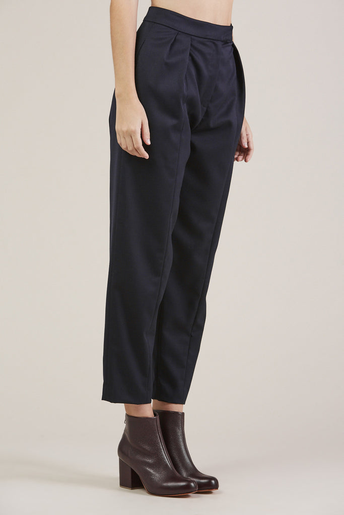 Tucked Pants, Navy by Sayaka Davis @ Kick Pleat - 3