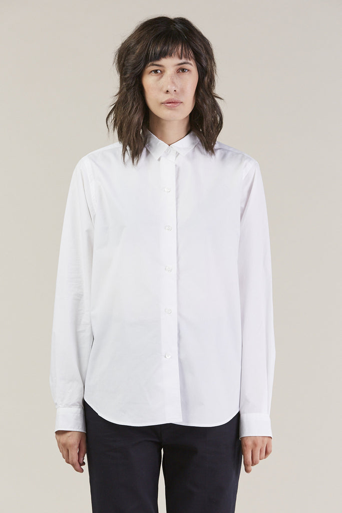 Back classic button down, White by Sofie D'Hoore @ Kick Pleat - 1