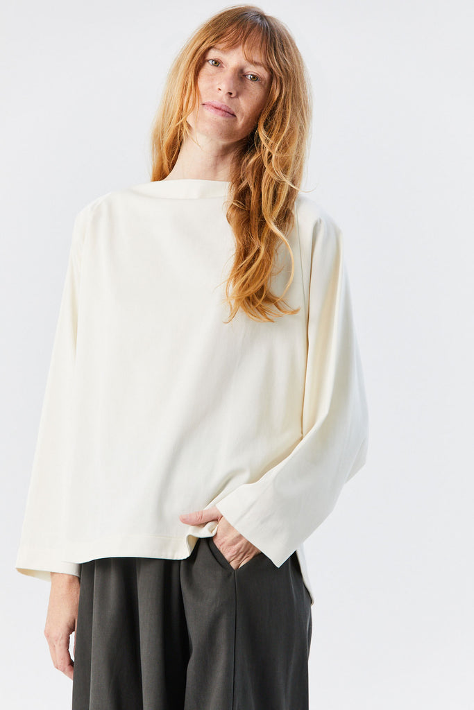 BLACK CRANE - Folded Neck Top, Cream