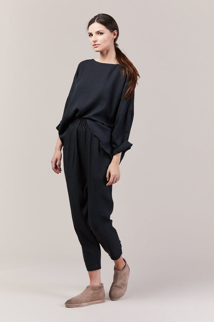 Black Crane - Gathered Top, Dark Green