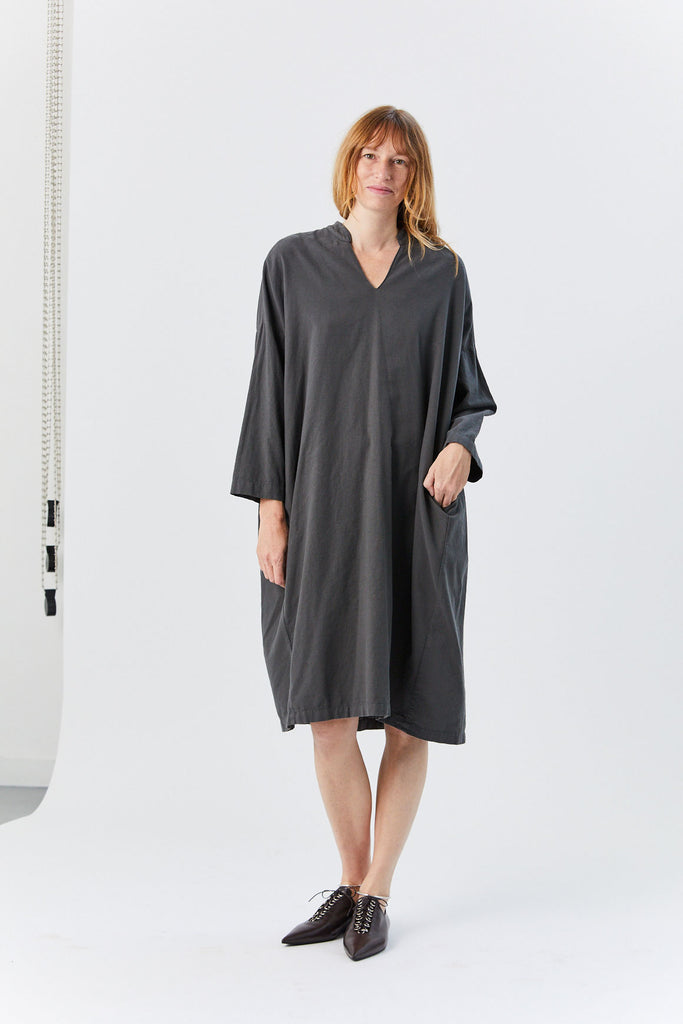 BLACK CRANE - Long Box Dress, Dark Grey