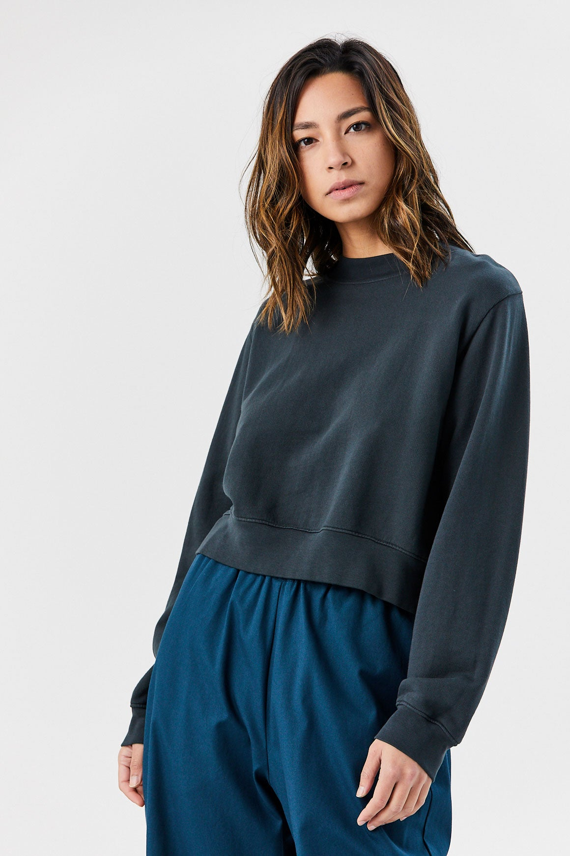 COTTON CITIZEN - Milan Cropped Crew Sweatshirt, Oasis