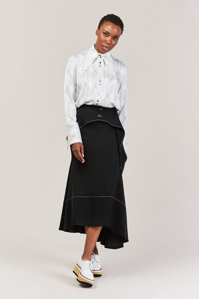 Bilbao oversized collar blouse, White with black pattern