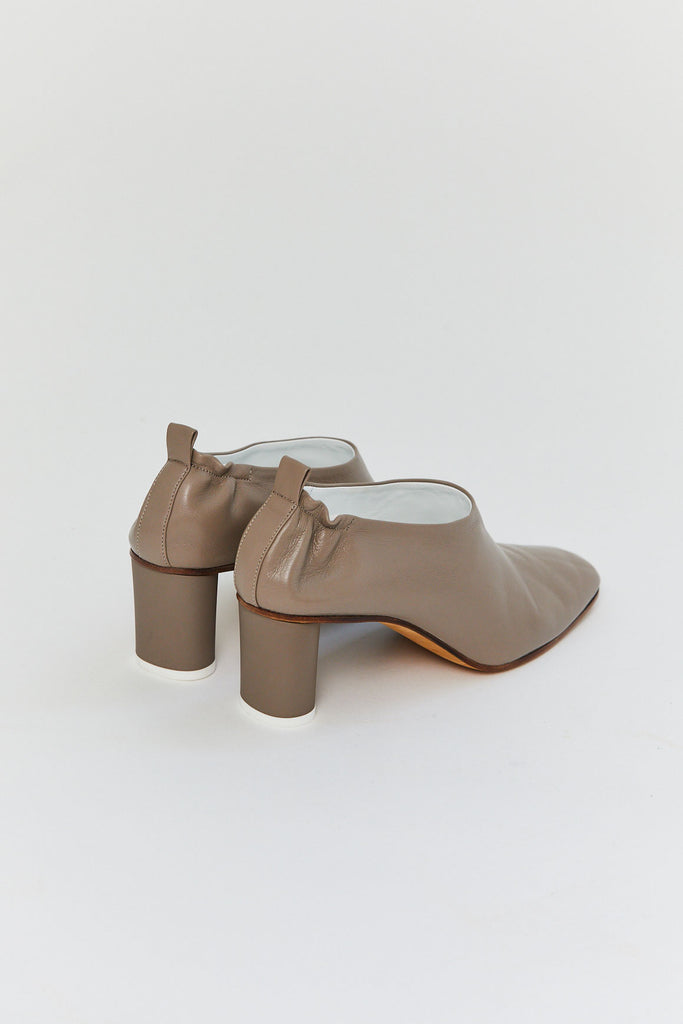 GRAY MATTERS - Micol Pumps, Taupe