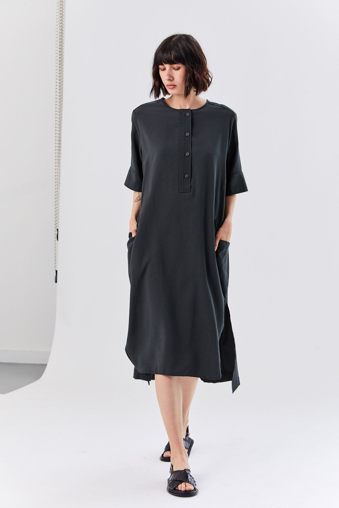 Hope - Row Dress, Faded Black
