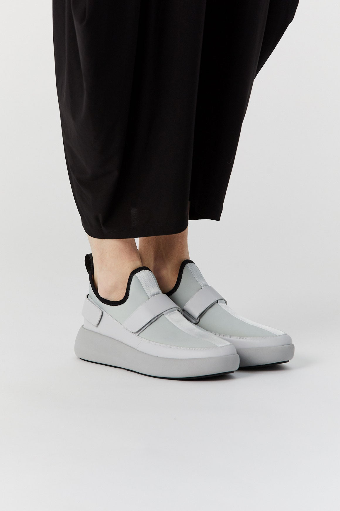 Issey Miyake - United Nude x Issey Miyake Step Solid, Light Grey