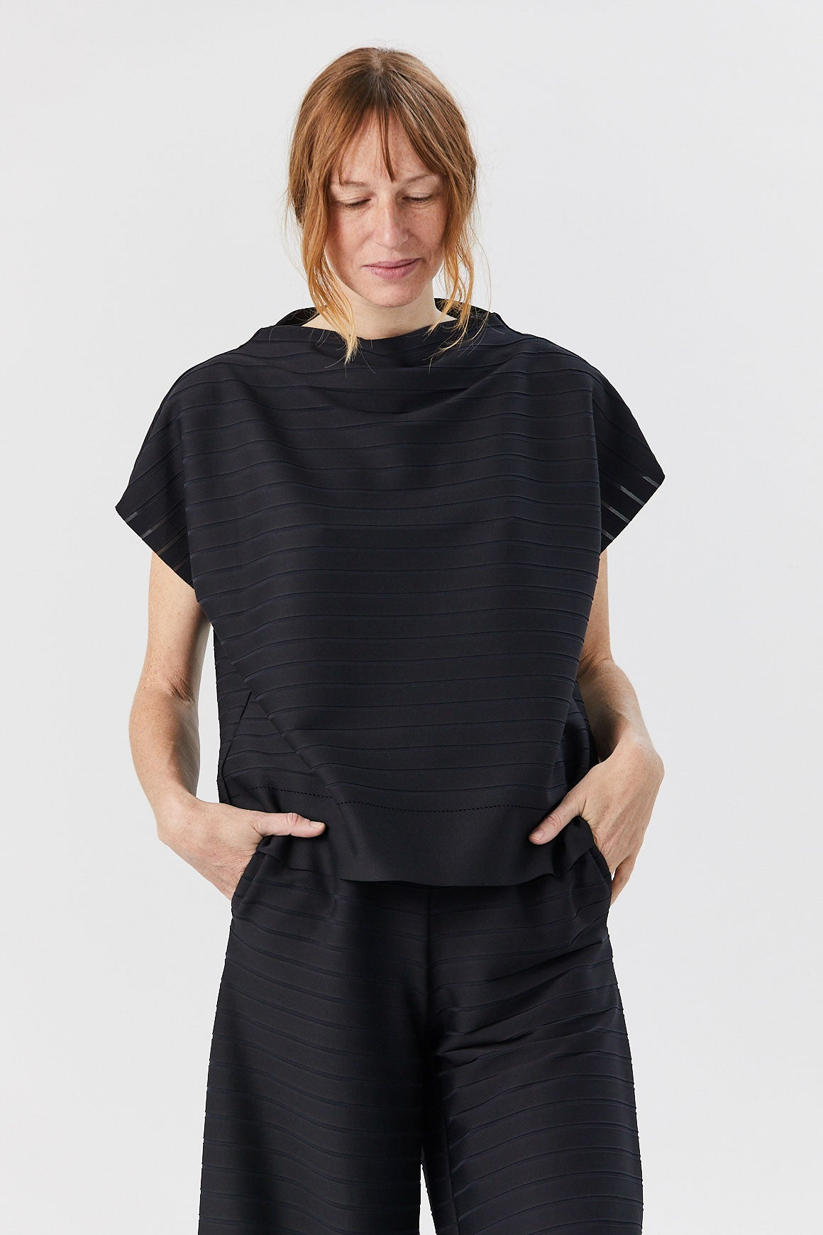 Woody Ripple Top, Black