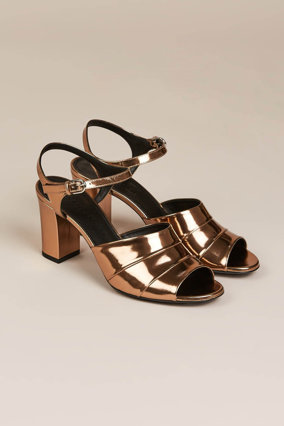 Capretto Metalizzato (Metal Heel) by Jil Sander