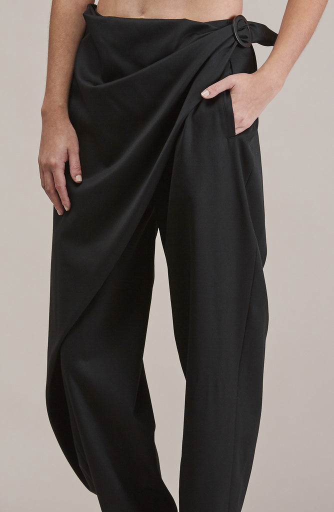 Sprout Bottom, Black by Issey Miyake @ Kick Pleat - 8