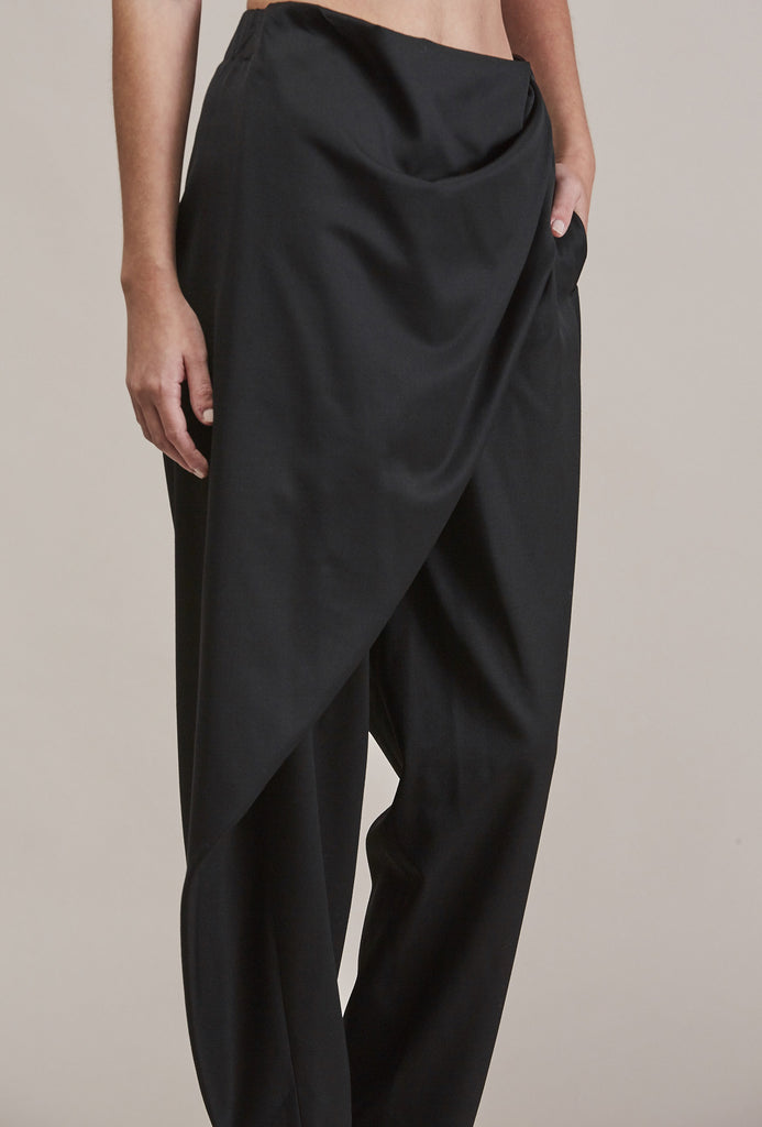 Sprout Bottom, Black by Issey Miyake @ Kick Pleat - 9