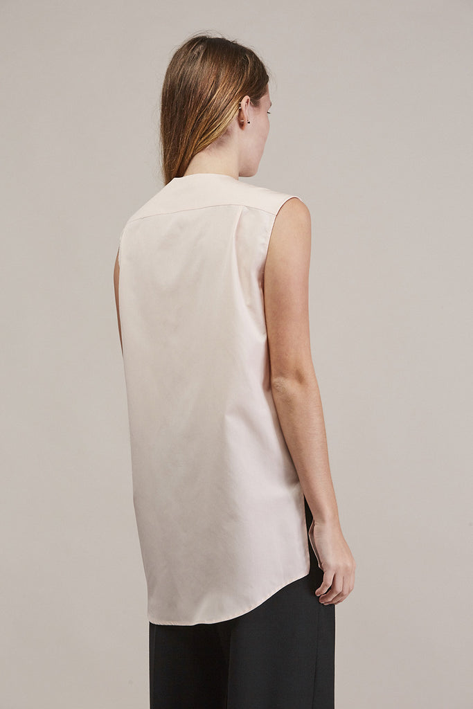 Sleeveless button down by JIL SANDER @ Kick Pleat - 5