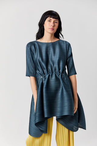 Pleats Squared Top, Old Blue
