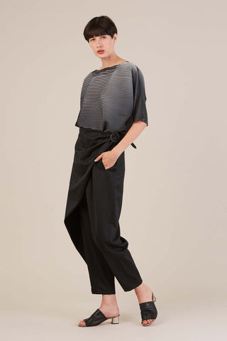 Pleated shirt, Black/White