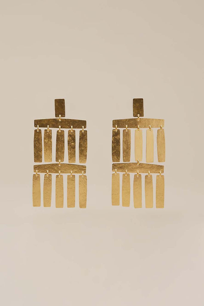Roma Chandelier Earrings, Gold