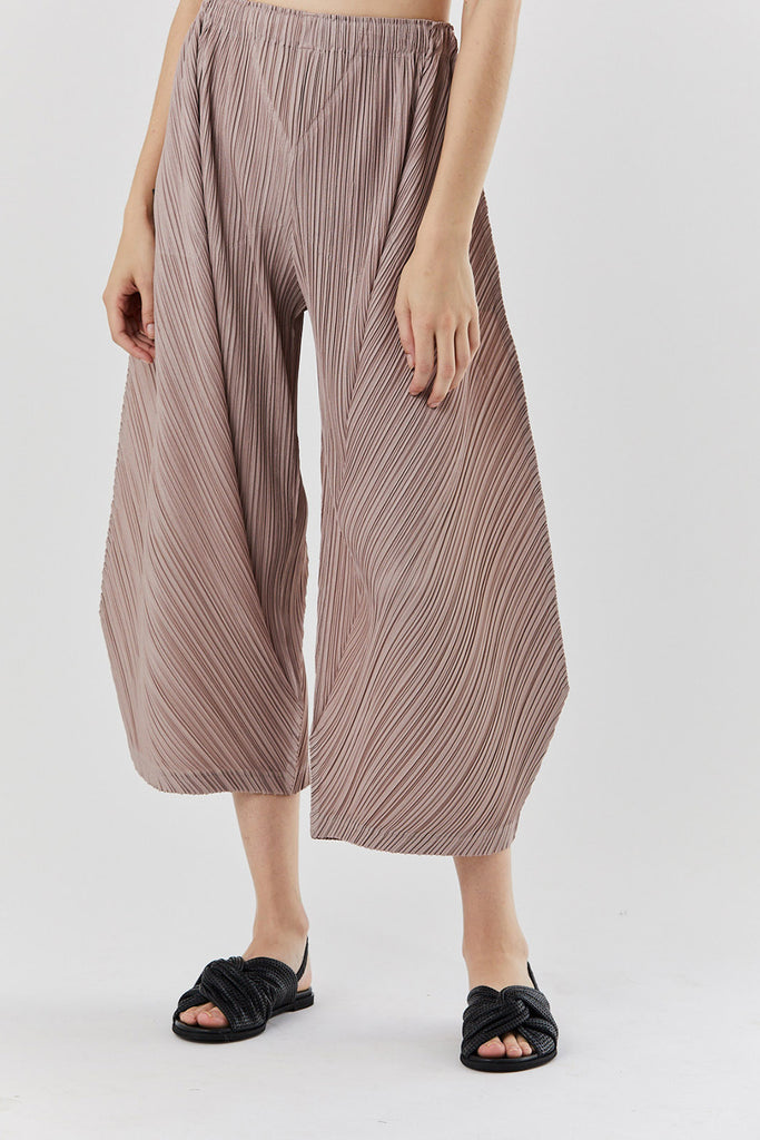 Pleats Please by Issey Miyake - thicker bottoms 2, Beige