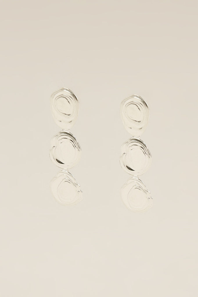 Halfshell Earrings, Silver