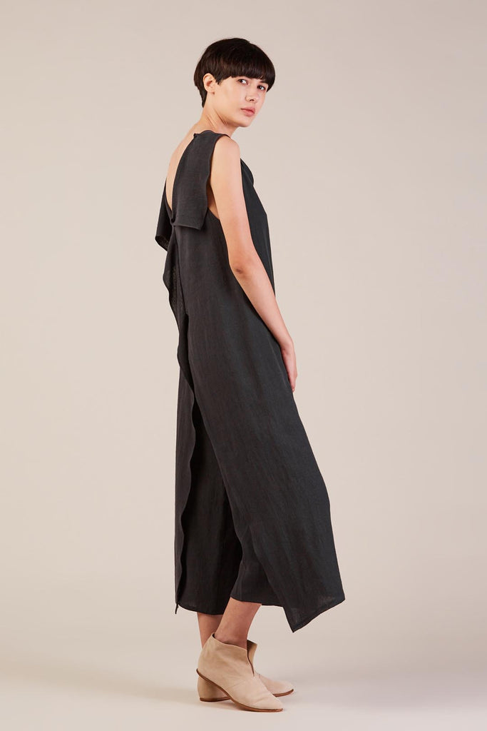 Long asymmetrical top, Black Tulip