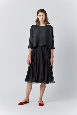 silk and linen top, black