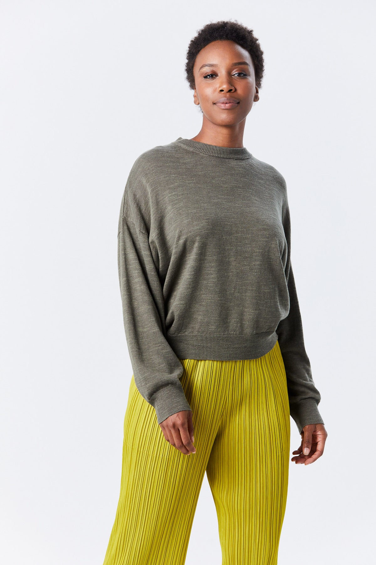 BASSIKE - cotton linen oversized knit, Military