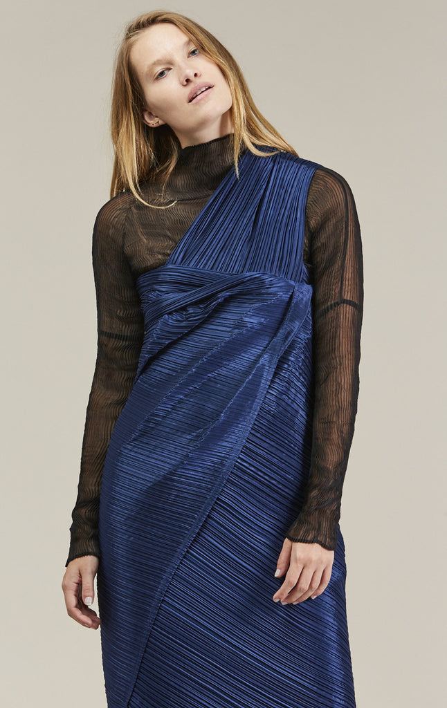 Madame - T Scarf, Blue by Pleats Please by Issey Miyake @ Kick Pleat - 2