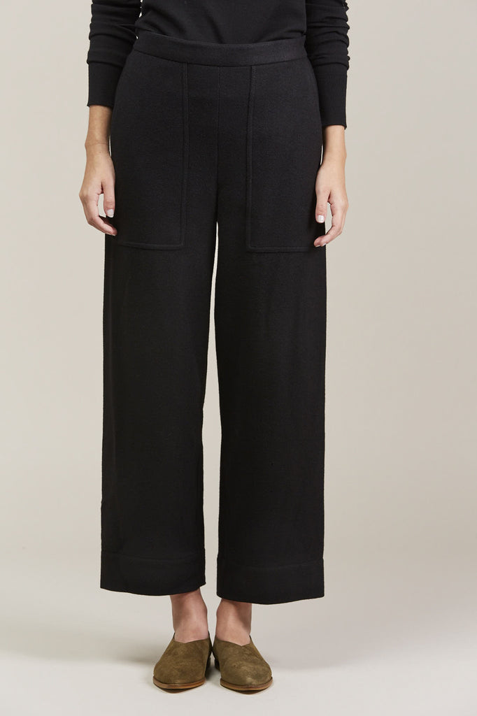 Cropped elasticated pants by Lemaire @ Kick Pleat - 1