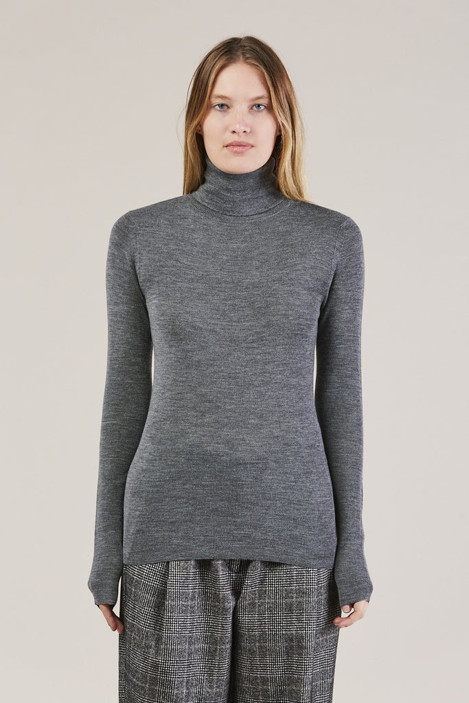 Simple Turtleneck, Grey