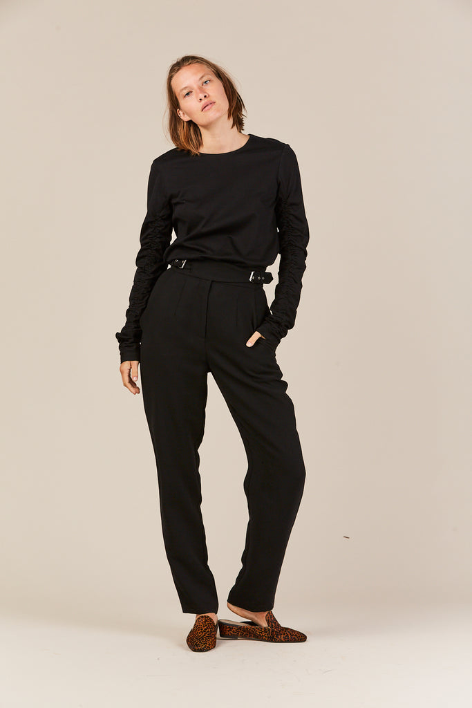 Ruched long sleeve tee, black