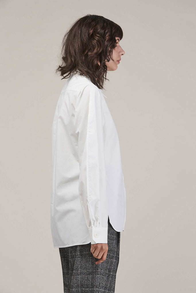 Large sleeve shirt, Chalk by Lemaire @ Kick Pleat - 5