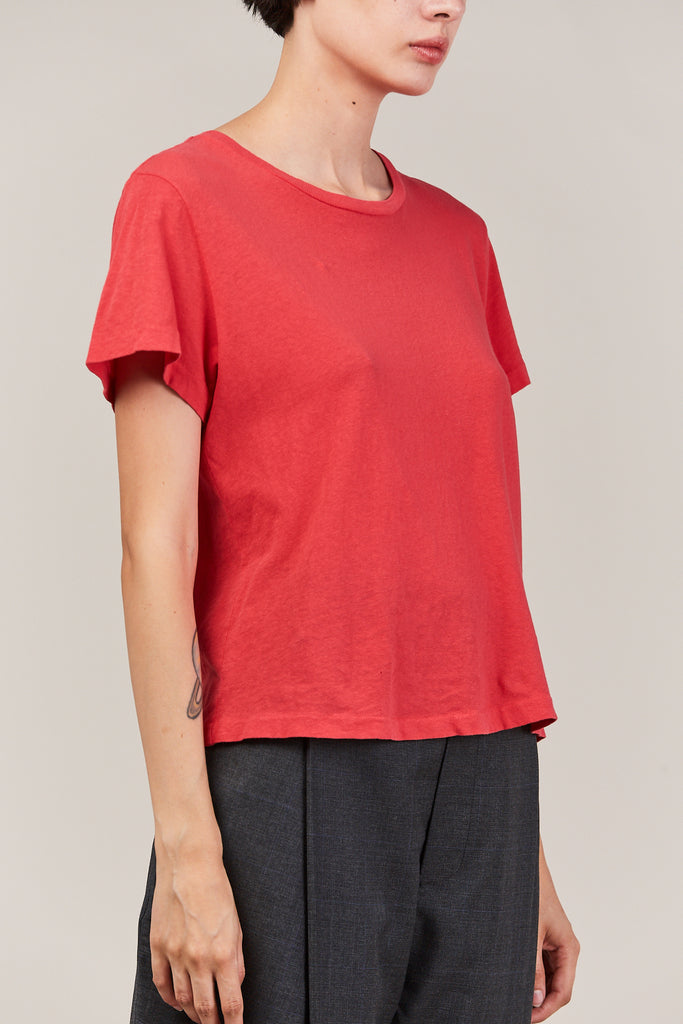 the classic tee, red