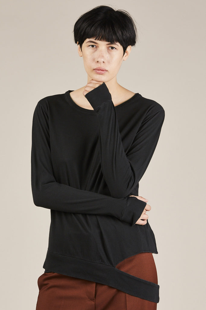 L/S Cut Out Sweatshirt, Black