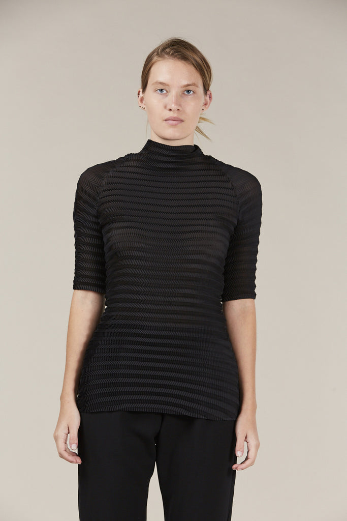S/S turtleneck, Black by Issey Miyake @ Kick Pleat - 2