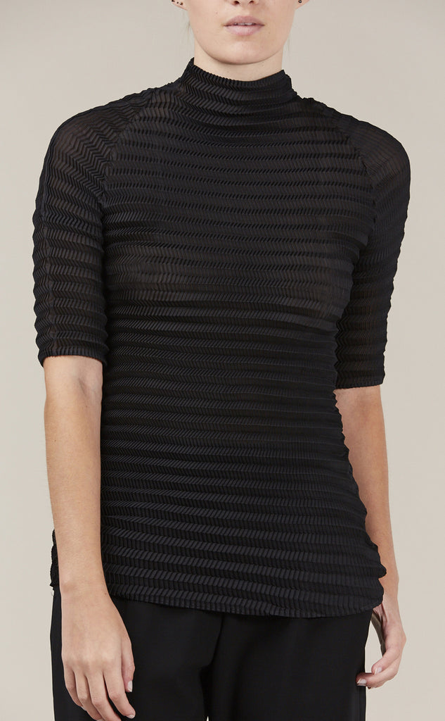 S/S turtleneck, Black by Issey Miyake @ Kick Pleat - 6