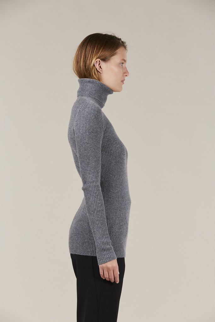 Ginny Ribbed Turtleneck Sweater by Demylee @ Kick Pleat - 4