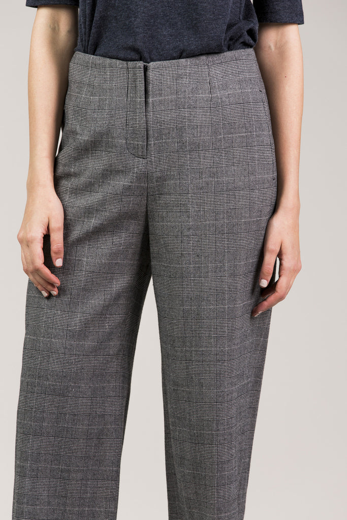 Chloe Pant, Grey by Yune Ho @ Kick Pleat - 6