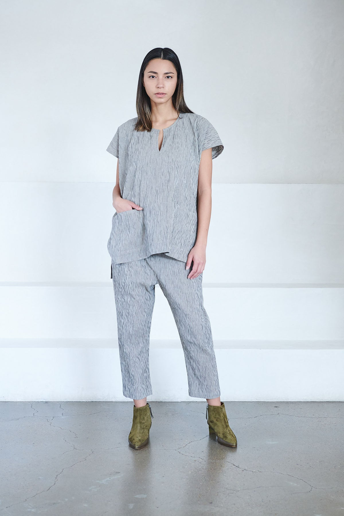 Zero + Maria Cornejo - pleat crop pant, light grey