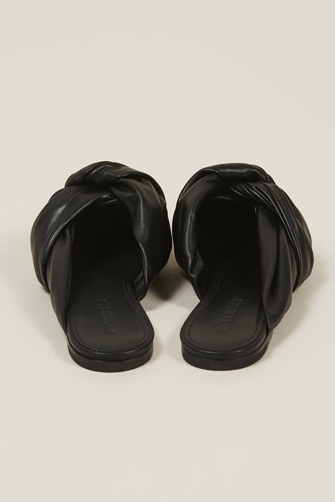 Nappa lamb closed toe shoes, Nero by JIL SANDER @ Kick Pleat - 5