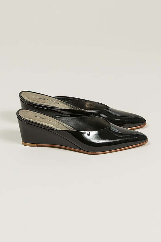 Simone Heeled Slip-on, Black
