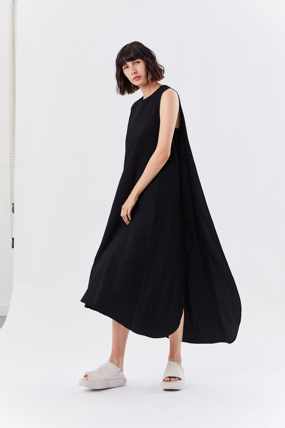 Kaarem - Turn Sleeveless Overlap Maxi Dress, Black