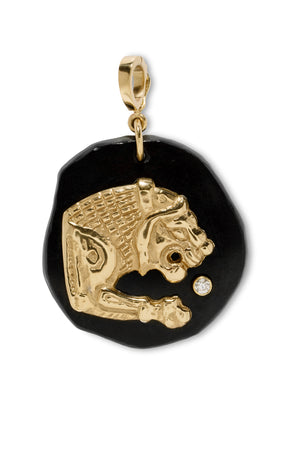 AZLEE - lion small black jade amulet