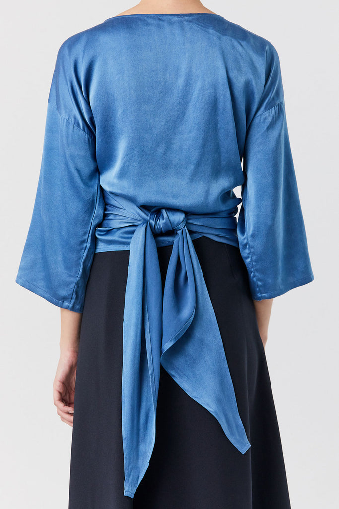 MIRANDA BENNETT - Silk Charmeuse Wrap Top, Blue