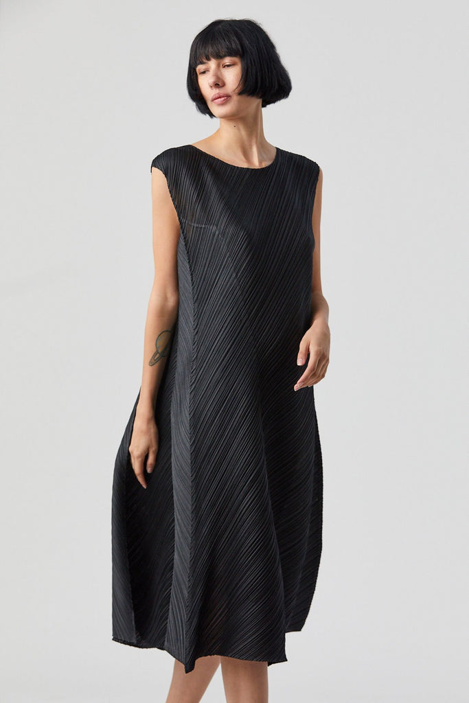 Flow Dress, Black